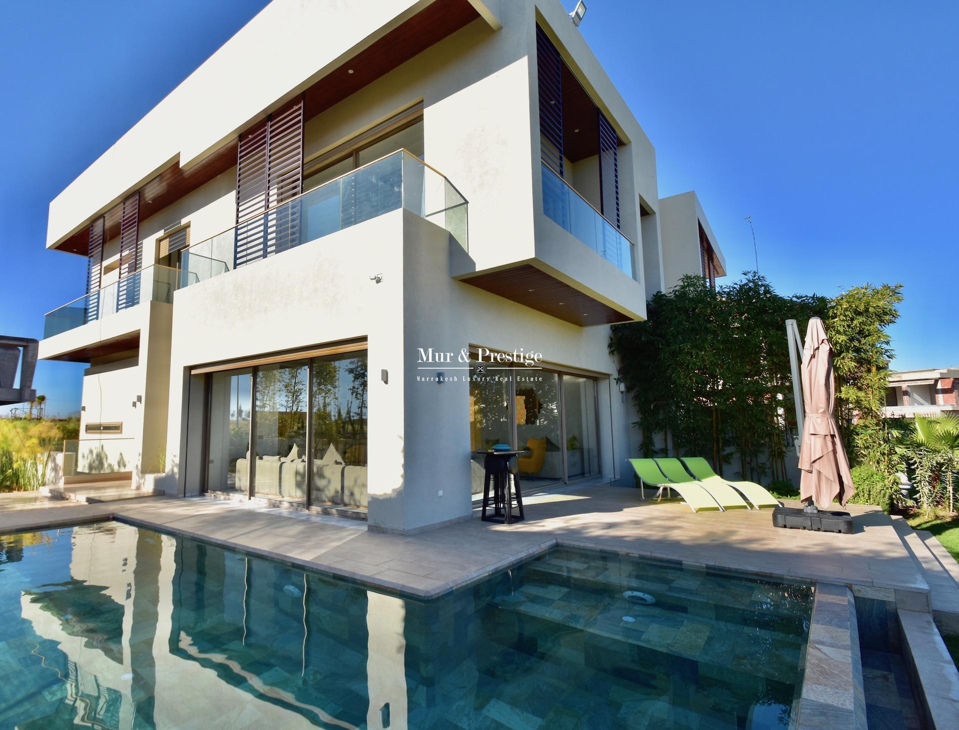 Maison moderne à vendre sur Golf