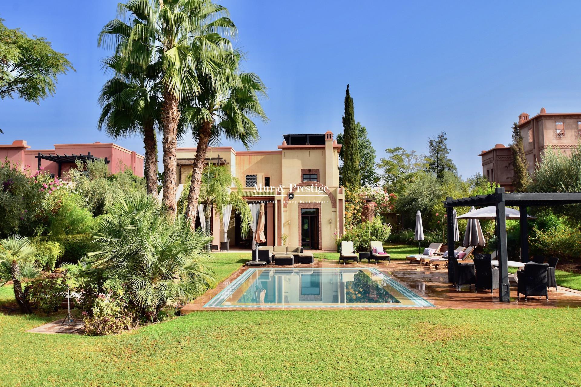 Agence Immobilière à Marrakech - Maison à vendre en front de golf