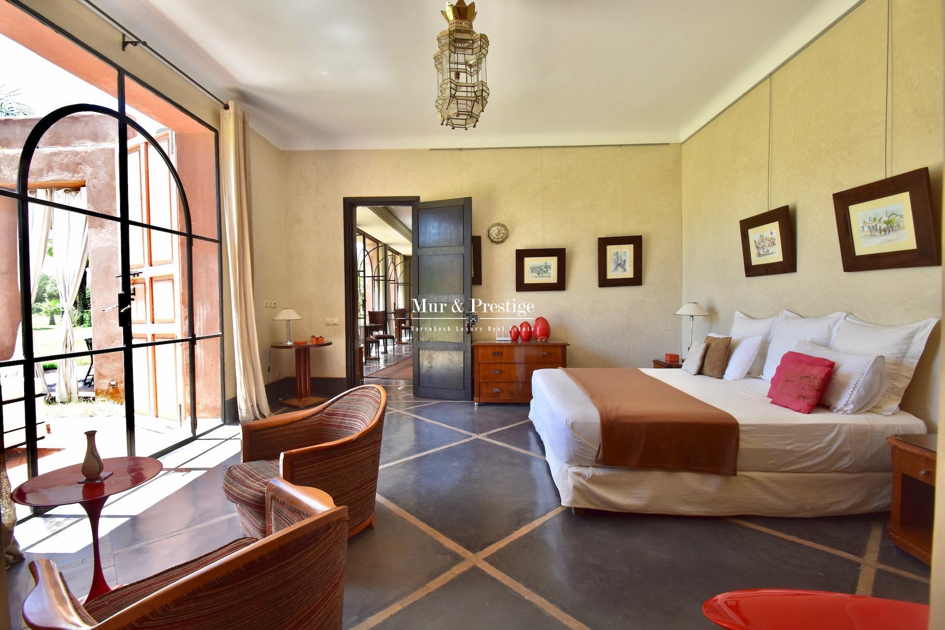 Villa d'un hectare à vendre en centre-ville à Marrakech
