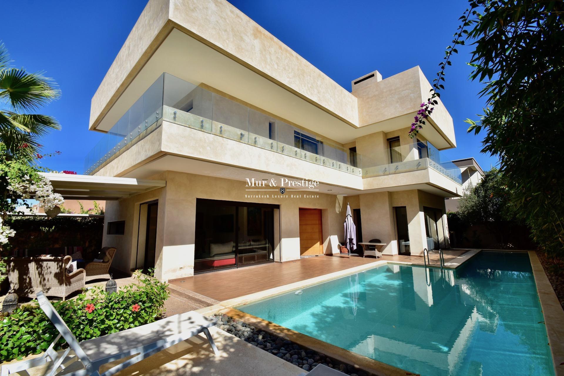 Villa moderne à vendre au golf de Amelkis Marrakech