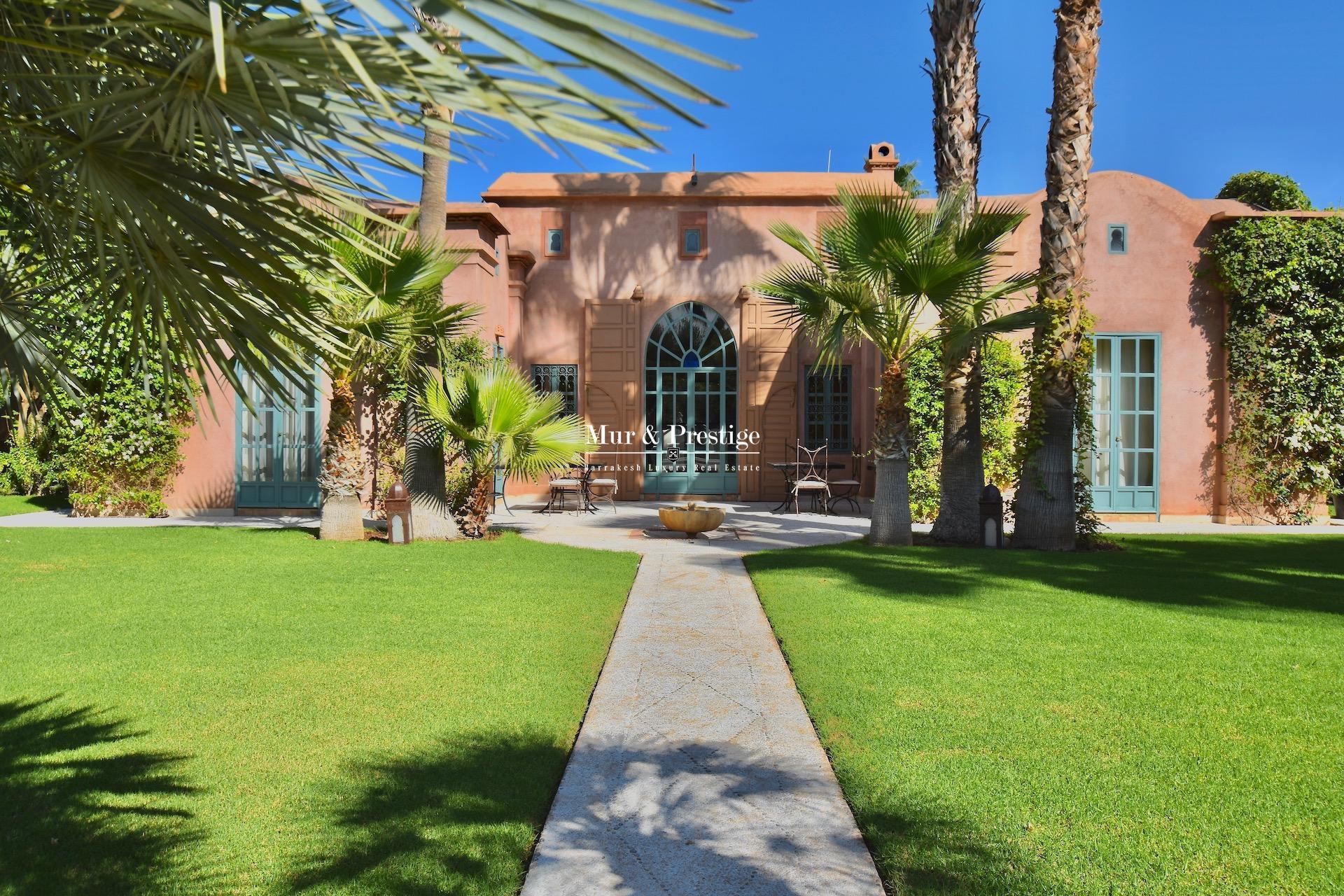 Maison d'Hôtes signée Charles Boccara en Vente à Marrakech