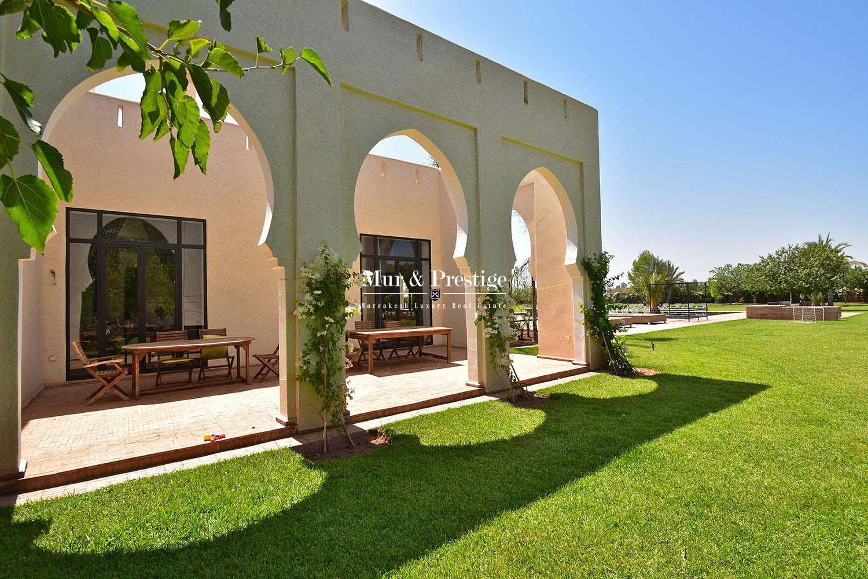 Prestigieuse villa a vendre a Bab Atlas Marrakech